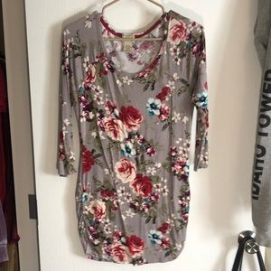 Gray floral tunic